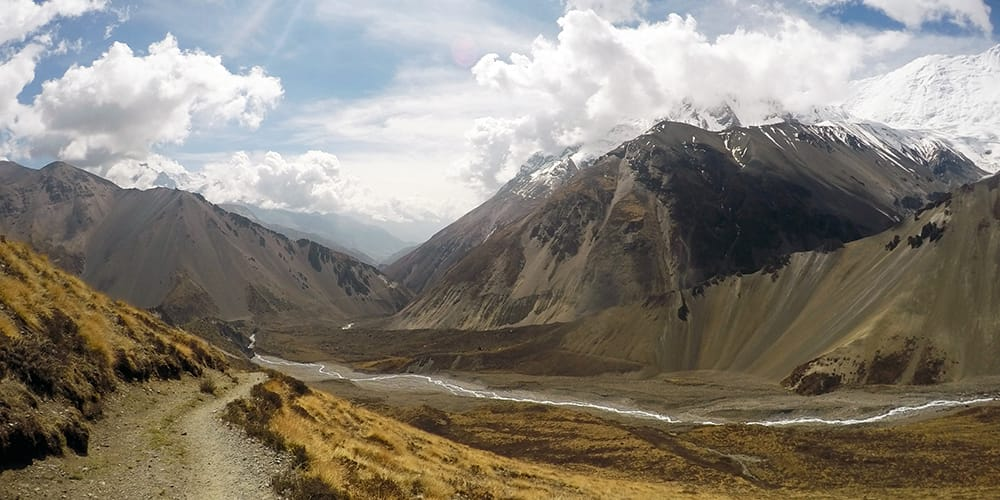 The Annapurna Circuit or Everest Base Camp Trek: Which is Better?
