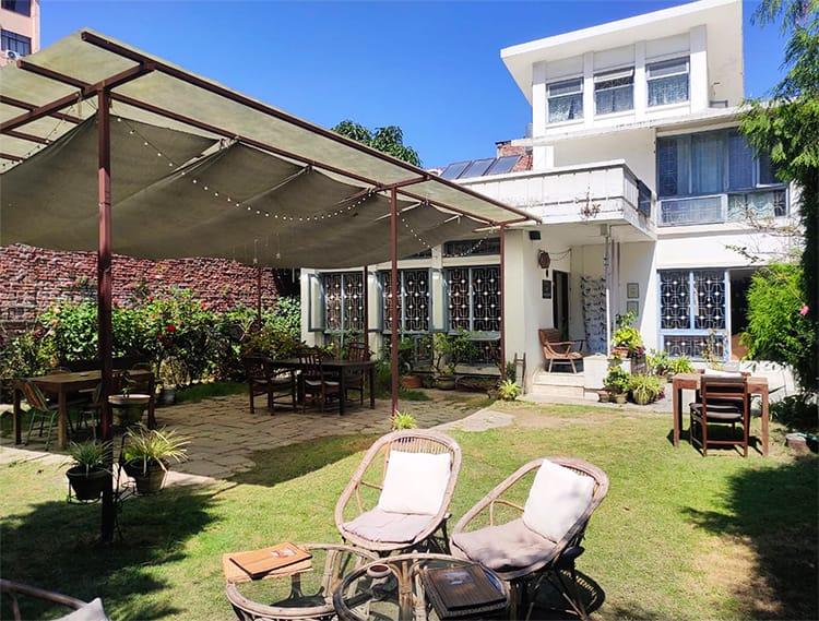 Salon de Kathmandu Cafe Restaurant in Kathmandu with a Garden