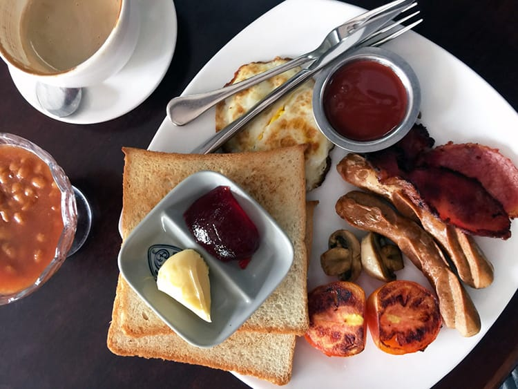 The English breakfast at Higher Ground Bakery in Patan