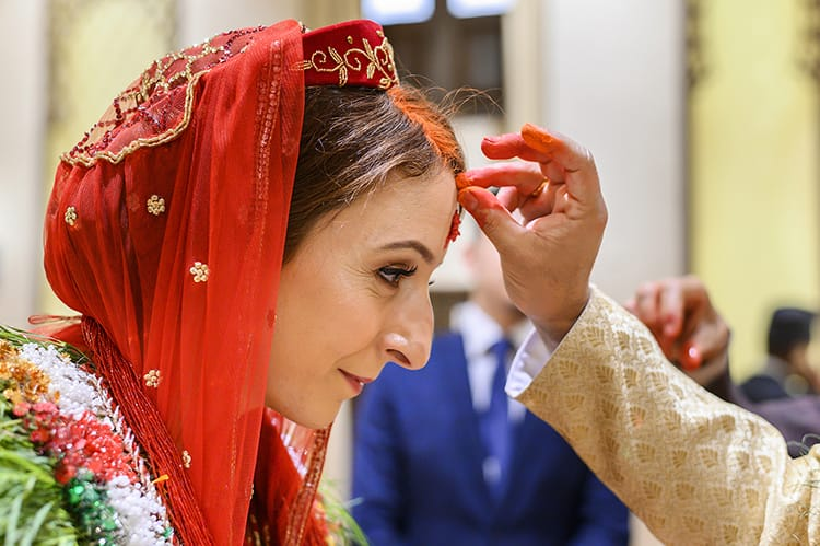 Michelle Della Giovanna from Full Time Explorer has sindoor powder put in her hair by her husband for the first time