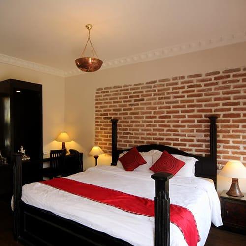 Double bed suite in Hotel Thorong Peak in Kathmandu