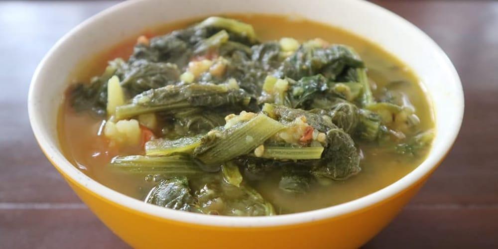 Nepali aloo saag recipe