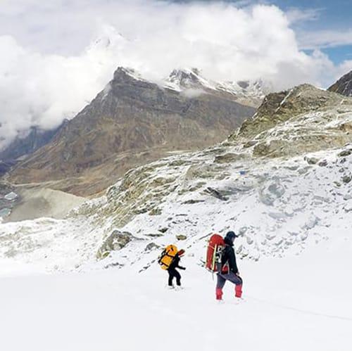 Hiring a trekking guide in nepal